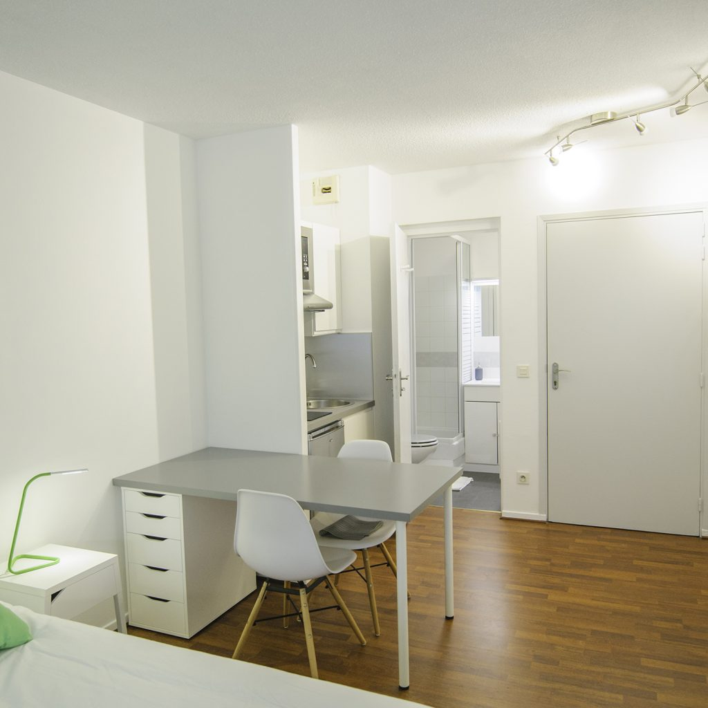 D coration d 39 un studio airbnb architecte d 39 int rieurs toulouse be - Decorer un appartement en location ...